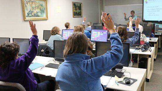 Formation à l'informatique pour les seniors